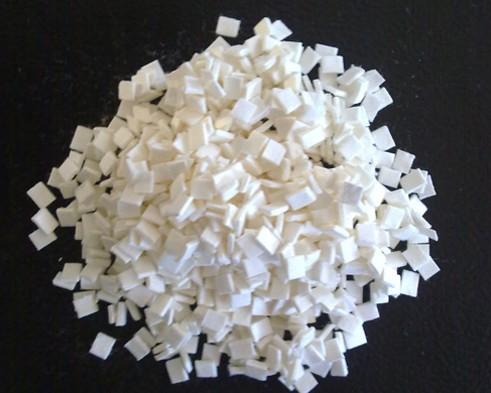 辨别纤维素纤维质量优劣的方法