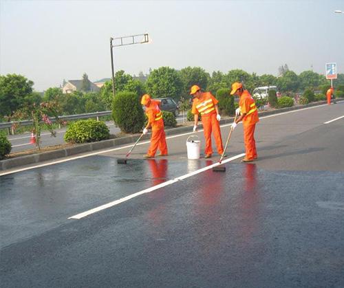 使用公路沥青抗车辙剂的温度如何控制